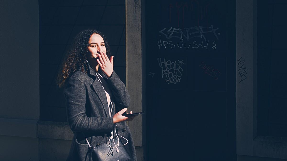 Mensen fotograferen op straat