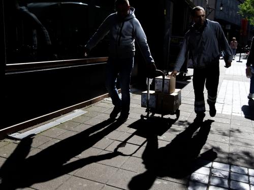 Mannen aan het werk - straatfotografie Antwerpen